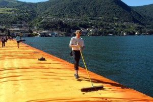 Pulire il floating piers